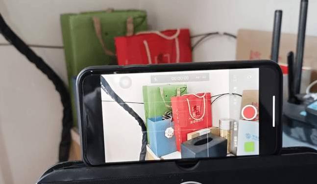 抖音透明手机是真的吗 透明手机怎么做[多图]图片2